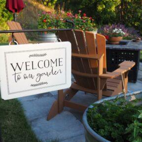 Cascade Valley Inn garden